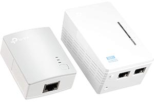 Wi-Fiの中継器にもあるPLCアダプター