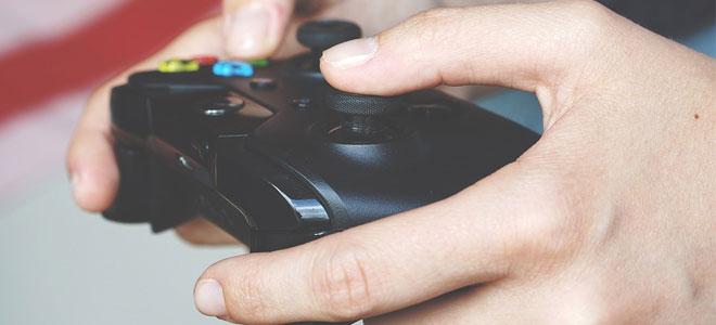 オンラインゲームでラグが起きる主な原因を解説